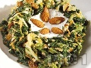 Рецепта Салата от попарена коприва, морков и краставица и сос от кисело мляко, сирене фета, чесън, копър и орехи